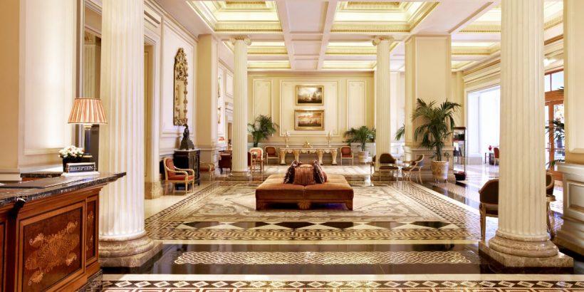 Hotel Grande Bretagne Lobby