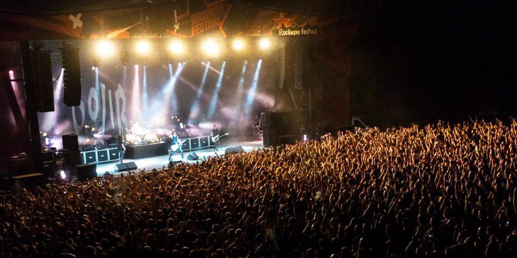 Rockwave Festival Athens Crowds