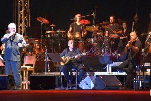Giannis Parios Athens Greek Singers