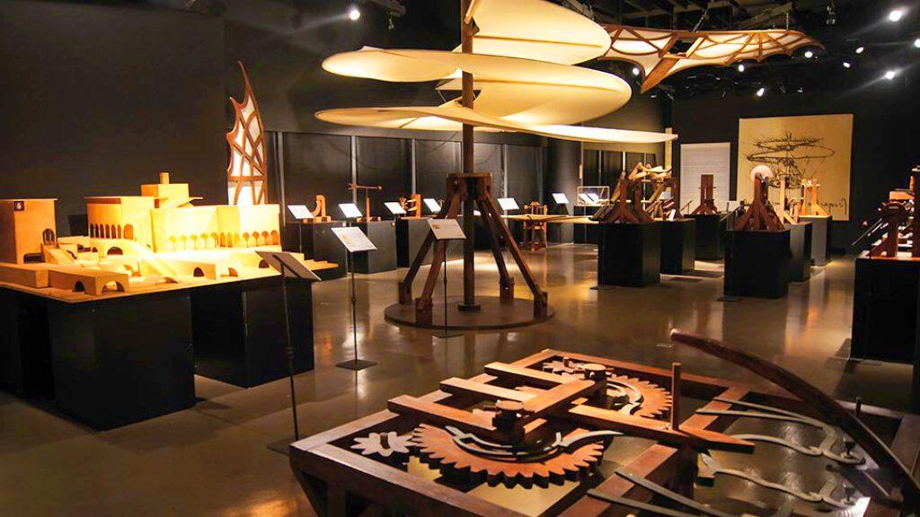 Leonardo Da Vinci Athens 500 years Inventions