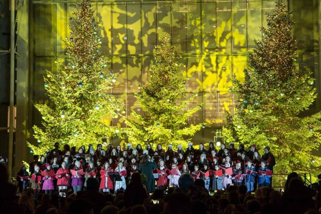 Stavros Niarchos Center Athens Christmas Carols